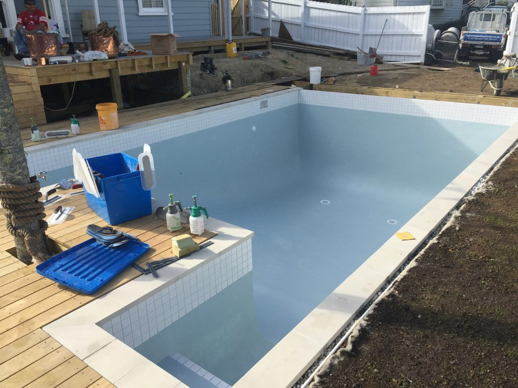 General construction concrete swimming pool photo for Pool design auckland