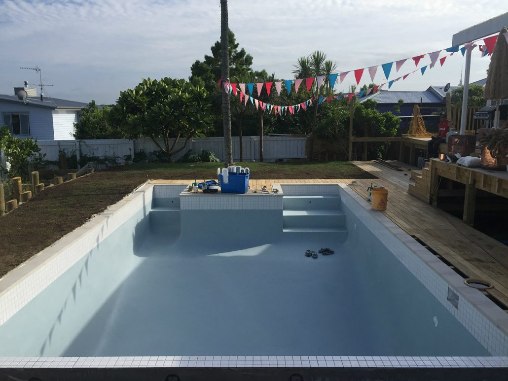 26 swimming pool builders auckland decor23 for Pool builders