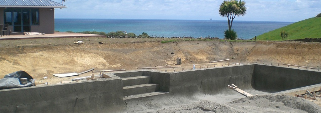 Concrete pool systems in construction for Concrete swimming pool construction
