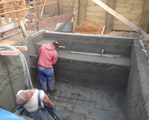 Concrete pool systems general construction concrete for Concrete swimming pool construction
